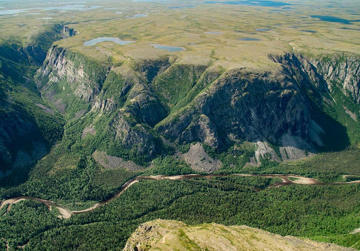Discover the Québec-Labrador Peninsula